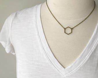 Short hexagon necklace // short choker necklace // geometric necklace // hexagon choker necklace // hexagon necklace // geometric minimalist