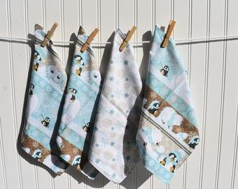 "Set of 4  12"" 2 ply  Cotton Cloth Napkins Polar Bears and Penguins Print"