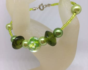 Spring Flower Bracelet Lime Green Rocaille and Pearl Handmade Bracelet approx 7 inches  Ladies Jewellery Gifts for her