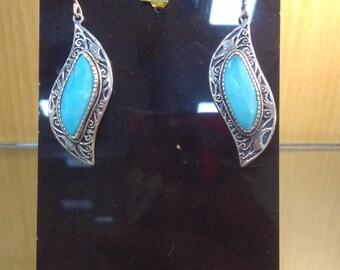 Arizona turquoise dangle earings