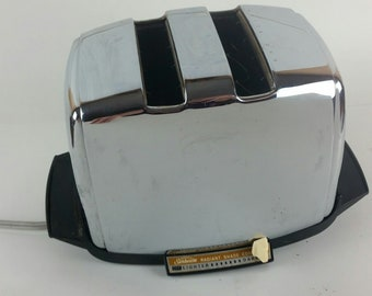 Vintage Sunbeam AT-W Chrome Deluxe Automatic Radiant Shade Control Toaster 60s