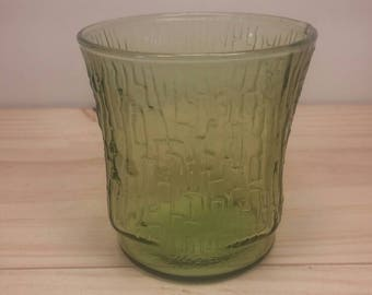 Green Drinking Glass from the Pagoda Collection, Anchor Hocking Vintage and in Excellent Condition!