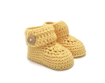 Baby Booties, Crochet Baby Booties, Baby Boots, Baby Shoes, Baby Ugg, Baby Girl, Baby Boy, Baby Shower Gift, Newborn Baby Gift