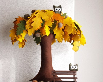 Oak tree , Felt Tree, Home decor, Acorns, owls, miniature, Oak leaf, Oakland, Fall Decor, Autumn colors