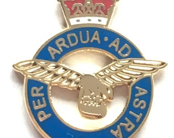 Royal Air Force RAF Insignia Crest Military Enamel Lapel Pin Badge