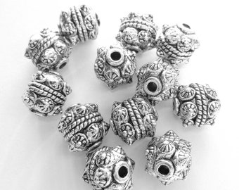 12 Antique silver metal beads spacers tibetan style  jewelry supplies 10mm LF07 (SR),