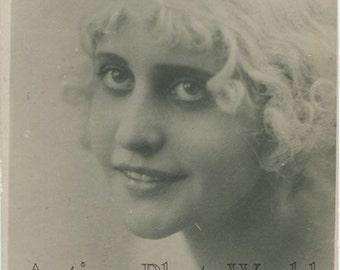 Beautiful Russian silent film star actress Vera Holodnaya antique photo pc
