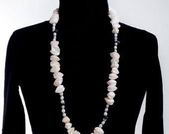 Shell necklace, shell jewelry, sea shell necklace, beach jewelry, beach necklace,necklace,seashell necklace, mermaid necklace,ocean necklace