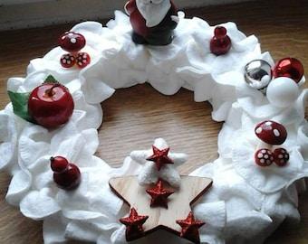 put cotton Christmas wreath