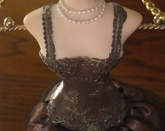 Vintage Necklace Display Mannequin / Jewelery Holder