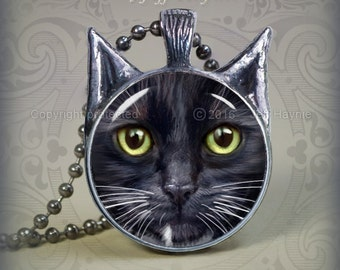 BW9 Black and White Cat pendant