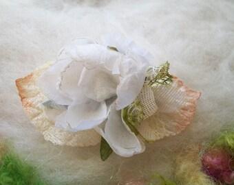 Flower Hair Clip Natural White Fabric Flower Green Velveteen Leaves Hair Accessory Small Flower Hair Clip Handmade Dainty Fairytale Clip