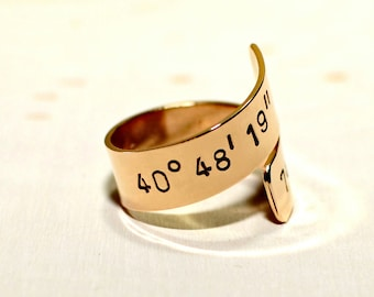 Latitude longitude bronze bypass ring with personalized coordinates - Customized Wrap Ring - RG908