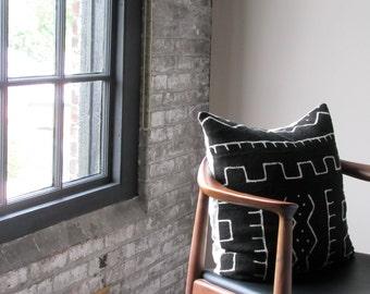 Schwarz und weiß Baum Kissenbezug / afrikanische Schlamm Tuch Bogolanfini geometrische Baumwolle Leinen Handwerker gewebt Bio Anweisung Global Bettwäsche