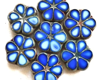 Lot of six 15mm table cut, carved,opaque, royal blue & white picasso Czech glass flower beads C02106