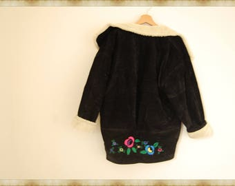 Vintage Oversized  Embroidered Sherpa Lined Jacket / free shipping in Italy