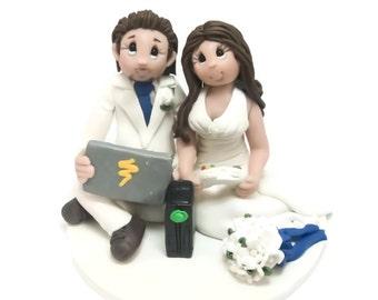 Custom cake topper, Gamer's wedding cake topper, Bride and Groom cake topper, Mr and Mrs cake topper, personalized cake topper