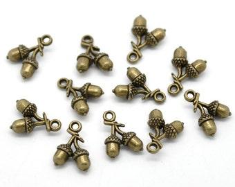 10 Pieces Antique Bronze Acorn Charms