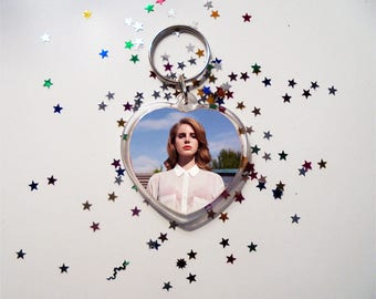 Lana del Rey Keychain, Elizabeth Woolridge Grant, Lizzy Grant, May Jailer, Born to Die, Paradise, The Great Gatsby Lust for life