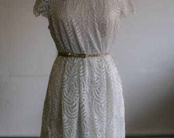white lace vintage-style Easter dress size 16