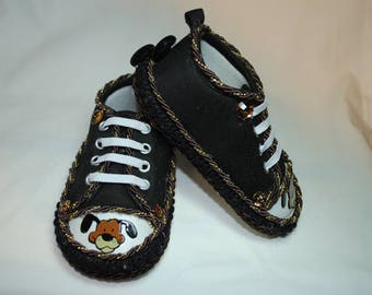 Doggy Dagmar Shoes, Size 12-18 months