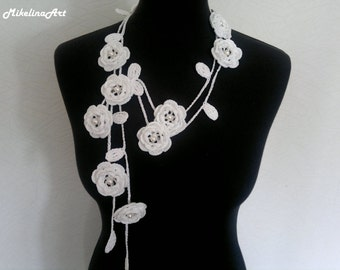 Crochet Rose Necklace,Crochet Neck Accessory, Flower Necklace, White, 100% Cotton.