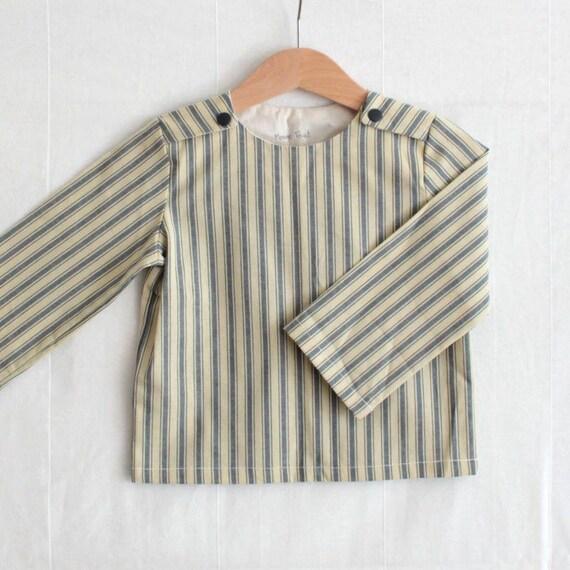 Boys nautical shirt, blue or red | Sailboat shirt | Crew neck boy shirt | French style children shirt | Toddler girl nautical shirt | Mod