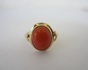 Vintage 14k Yellow Gold Coral Ring, Oval Coral Ring, Coral Jewellery