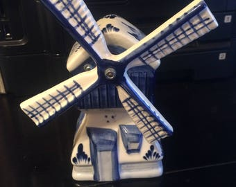 Vintage Delft Ceramic Windmill Music Box