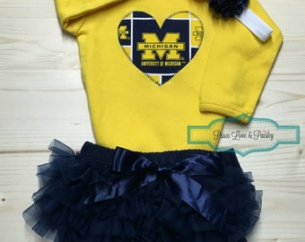 Personalized baby quilt personalized baby gift monogrammed university of michigan inspired bodysuitdiaper cover and headband set made from um fabric negle Choice Image