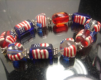 Murano Glass July 4th Bracelet Wedding Cake Beads 50 grms1195