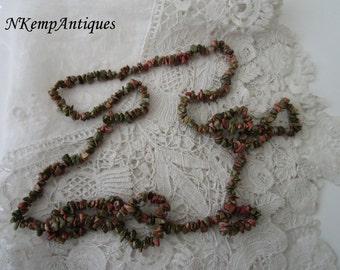 Vintage necklace semi precious stones