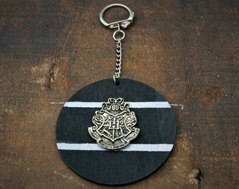 Hogwarts Crest Handmade Wooden Keyring/ Keychain - Inspired by Harry Potter