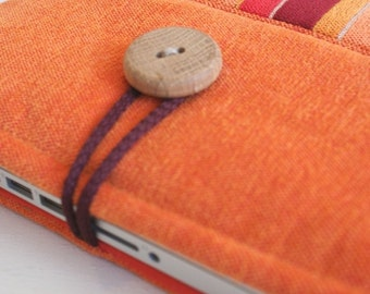Loptop sleeve for 13 inch/tapestry(cotton)/ with wooden button
