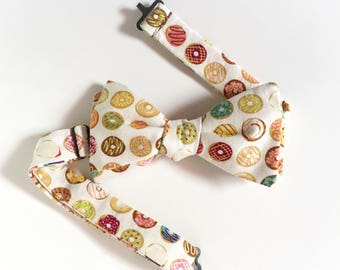 Donuts Bowtie / Doughnuts Freestyle Bow Tie / adjustable 15 - 19 inches