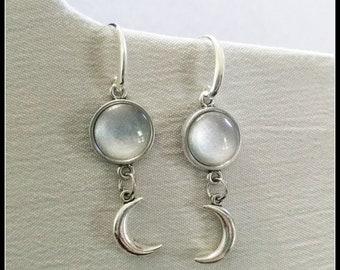 Moon jewelry, crescent moon earrings, moon earrings, half moon earrings, silver moon earrings, lunar jewelry, lunar earrings