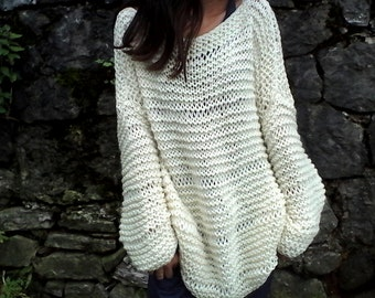 Ivory sweater / chunky wool sweater/ handknit sweater/ Oversized Sweater/ Loose knit sweater