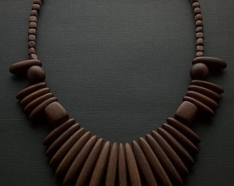Vintage Wooden Tribal Necklace Bib Fashion Statement Jewelry
