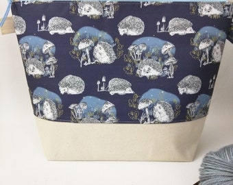 Medium Wide-Mouth Wedge Bag with Organizer Pockets - Hedgerow MADE TO ORDER