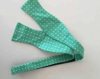 Men and Teen's Spearmint Mint Polka Dot Bow Tie