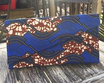 Blue and Dark brown spiral clutch
