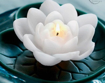 Waterlily Floating Candles