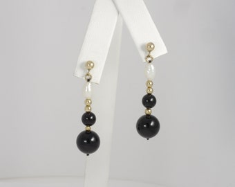Vintage 14k Yellow Gold Black Onyx & Freshwater Pearl Dangle Stud Earrings