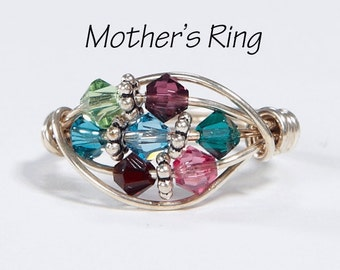 Grandmother / Mother's Ring 7 Birthstones: Sterling Silver Mother's Family Ring with Swarovski Birthstone Crystals