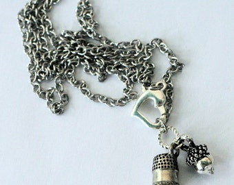 Peter Pan Kiss Stainless Steel Chain Necklace Thimble and Acorn (Peter Pan and Wendy)
