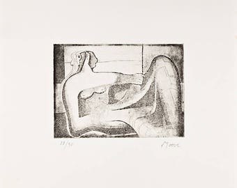 HENRY MOORE - hand signed & numbered original etching - c1970s (edition of 50)