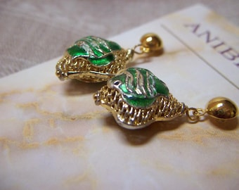 Vibrant Emerald Green Cloisonne on Pretty Gold Mesh Earrings Delicate and Elegant