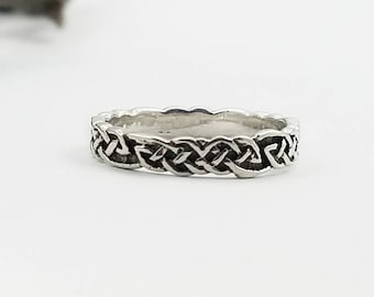 Celtic Ring~Silver Celtic Band Ring~Celtic Knot Ring~Woven Band Ring~Knotted Promise Ring~Infinity Knot Wedding Band~Endless Knot Ring