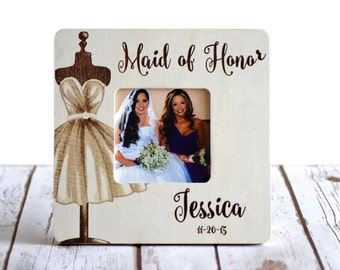 Personalized Maid of Honor Frame Custom Wedding Frame- Bridesmaid gifts- Maid of Honor Gifts- Wood Engraved Frame- Rustic Wedding Frame