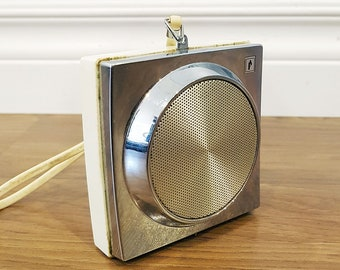 RARE 1960s Penneys Pocket Miniature AM Radio, Model 1140, In Working Condition